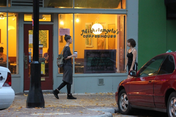5:35 pm: Marina Kelly prepares to lead her audience away from Michelangelo's Coffee House.